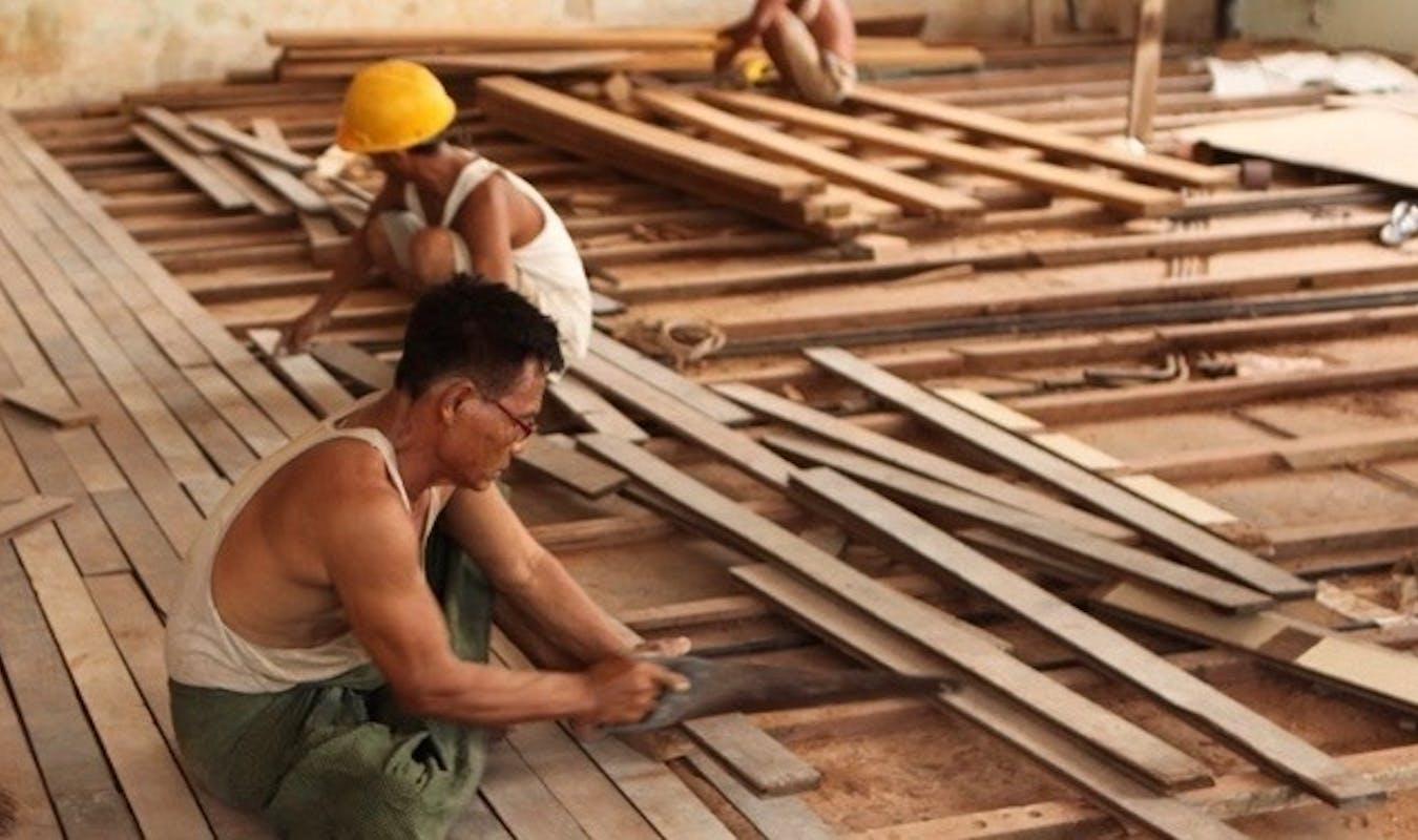 24 Teak floors Tourist Burma