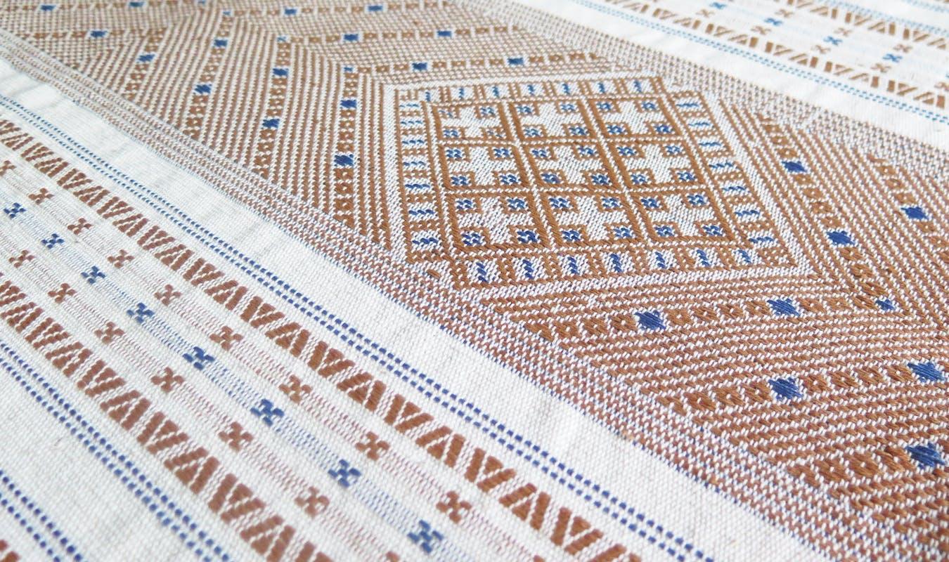 Chin Wedding Blanket Detail