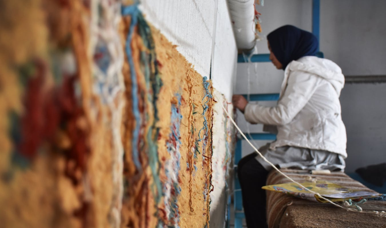 Weaver supported by Turquoise Mountain in Afghanistan Credit Turquoise Mountain
