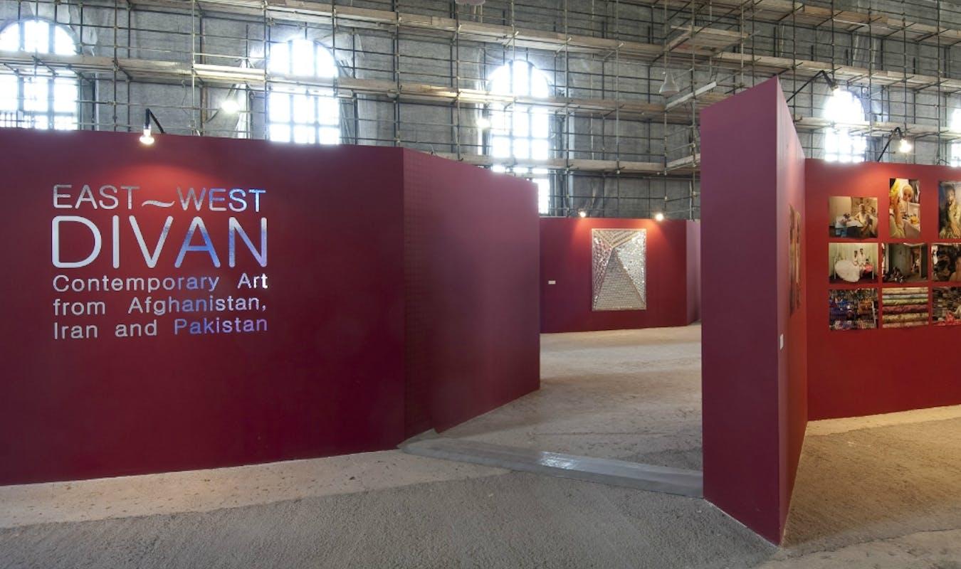 East West Diwan
